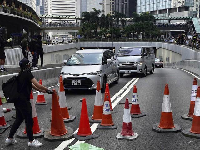 Hong Kong: l'économie en voie de paralysie