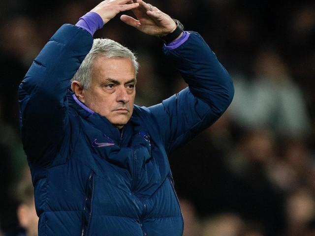 Mercato - PSG: José Mourinho utilise Mbappé pour évoquer le dossier Cavani...