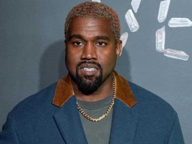 Kanye West urine sur son Grammy Award pour dénoncer les maisons de disques
