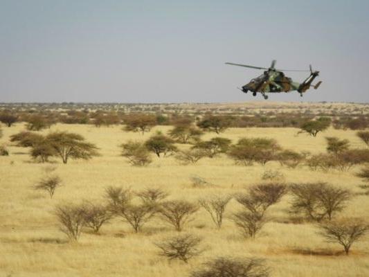 Jeu vidéo, motos et bombardements imaginaires… infox et rumeurs sur l'armée française au Sahel