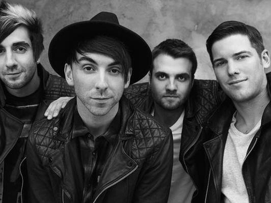 All Time Low : version acoustique live du titre Birthday