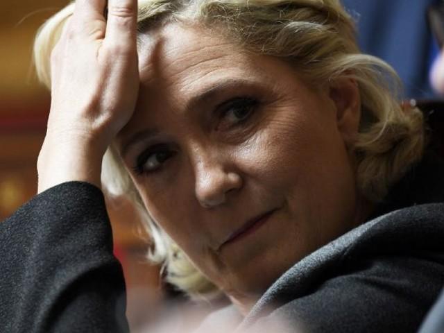 Assistants d'eurodéputés: la justice saisit 2 millions d'euros au RN
