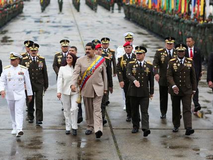 Les opposants seront jugés pour avoir ourdi un coup d'Etat, affirme le président du Venezuela