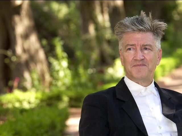 Après plus de 40 ans de carrière, David Lynch reçoit enfin un Oscar