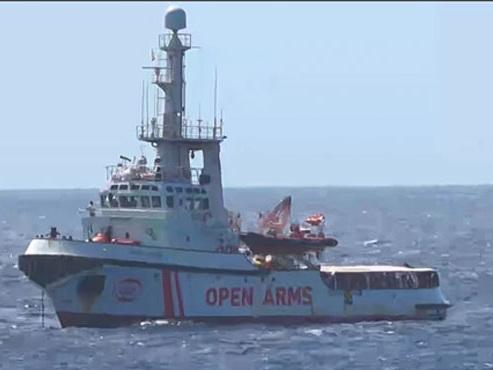 Italie: les migrants de l'Open Arms ont débarqué à Lampedusa