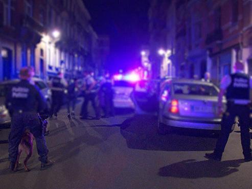 4 hommes pris en chasse par la police bruxelloise se retrouvent piégés par... 5 patrouilles