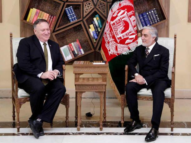 Washington réduit son aide à l'Afghanistan face à l'impasse politique