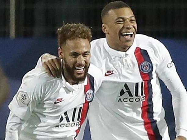 PSG : Neymar et Kylian Mbappé agacent et s'agacent...