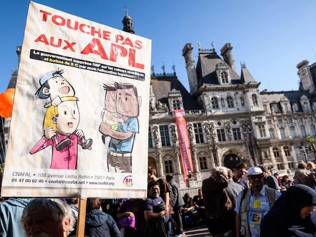 Impréparation et opacité : les coulisses du report de la réforme des APL