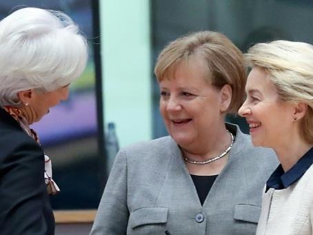 """Brexit: Johnson a gagné, l'UE """"prête"""" à négocier"""