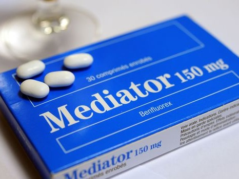 """Procès Mediator: pour l'Igas, un """"incompréhensible"""" retrait tardif du médicament"""
