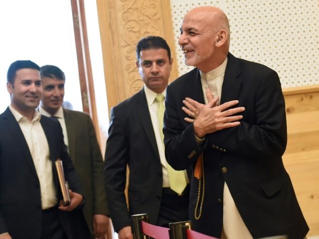"""Afghanistan : la trêve prolongée en vue d'un """"cessez-le-feu complet"""""""