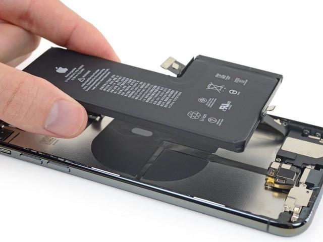 iPhone 12 : une batterie plus grosse possible grâce à un changement interne