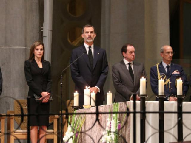 De la Sagrada Família au Camp Nou, deux temples pour saluer la mémoire des victimes de Barcelone et Cambrils