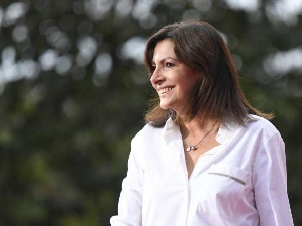 Election présidentielle 2022: Anne Hidalgo investie candidate par le Parti socialiste