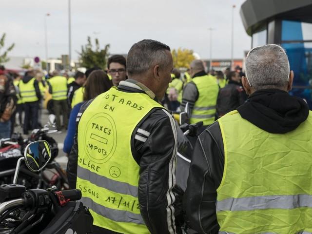 Gilets jaunes : de la prison ferme pour les incendiaires du péage de Narbonne