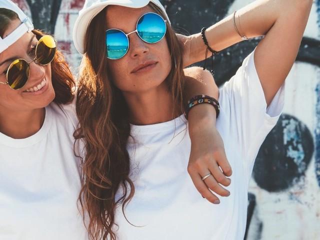 Découvrez MYM.fans : le réseau social qui rémunère les modèles et personnalités !