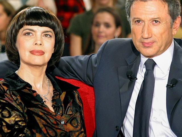 Mireille Mathieu peinée : ce rituel important manqué à cause du confinement