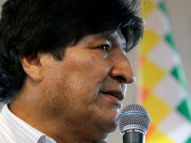 Bolivie: Morales, en exil, annonce les candidats socialistes aux élections
