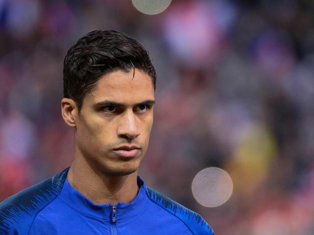 Mercato - PSG : Le Qatar a bien tenté un énorme coup avec... Raphaël Varane !