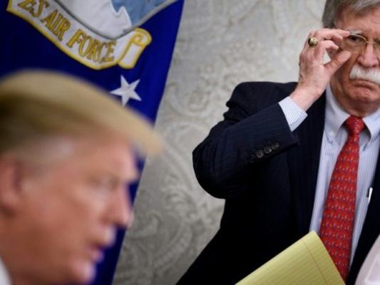 Bolton, conseiller déchu de Trump, étale ses désaccords sur la Corée du Nord