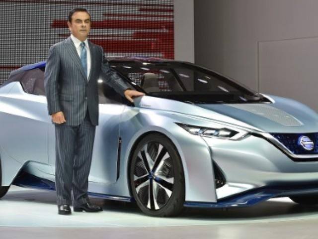 Carlos Ghosn à l'heure de passer les commandes chez Nissan