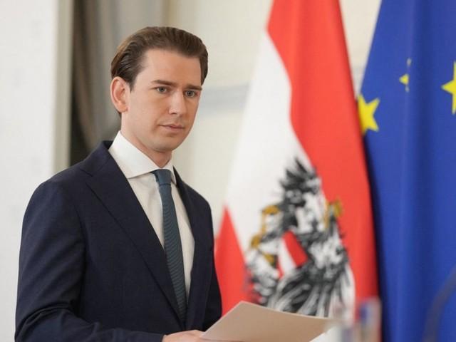 Autriche : quatre questions sur la démission surprise du chancelier Sebastian Kurz, visé par une enquête pour corruption