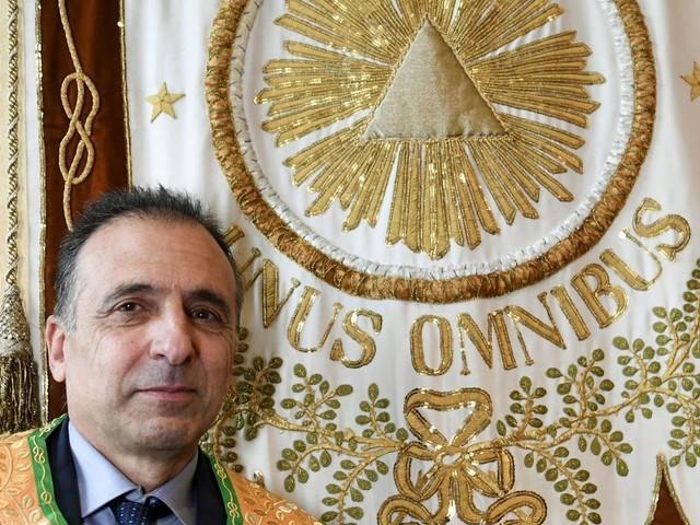 """""""Nous ne sommes pas une citadelle"""", plaide le nouveau chef du Grand Orient de France"""