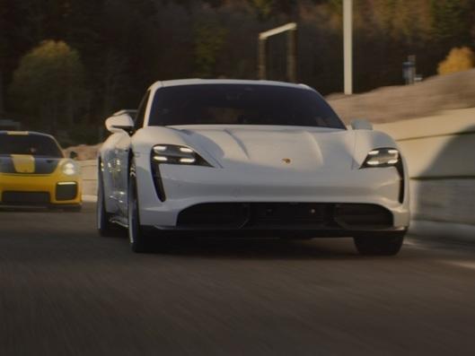 Porsche dévoile une pub pour le Super Bowl, la première depuis 1997