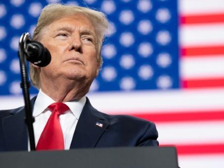 Trump met en garde l'Iran, mais est prêt à discuter