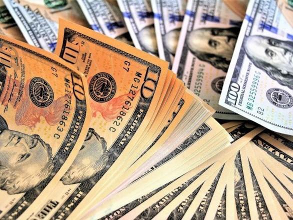 Un blouson et un pantalon de Grease vendus 400.000 dollars aux enchères