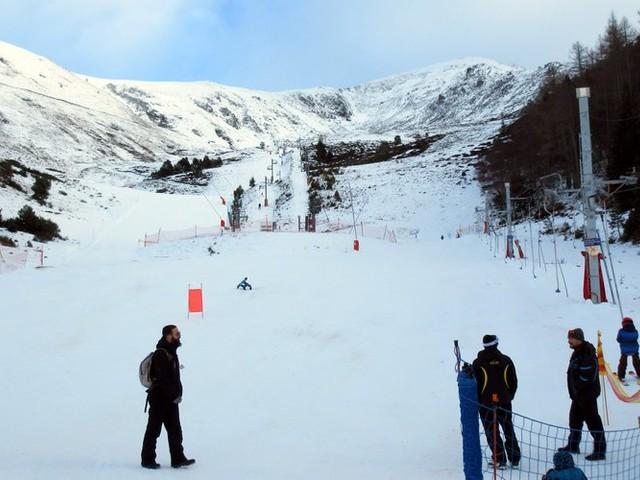 Chutes de neige : Goulier ouvre enfin, Guzet et Mijanès rongent leur frein