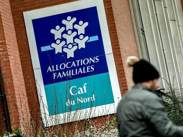 Débordés, les agents des CAF sommés de traiter les dossiers de primes d'activité... au détriment des minimas sociaux