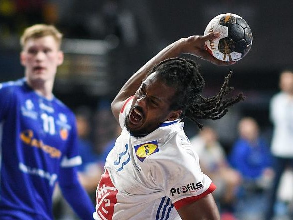 Mondial de handball : la France laborieuse, mais la France victorieuse
