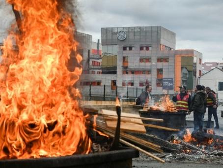 GE Belfort: oui massif des salariés à un plan sauvant 307 emplois