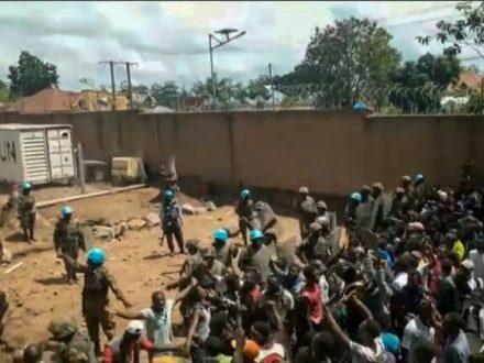 RDC: un manifestant anti-ONU tué par balle à Beni (AFP)