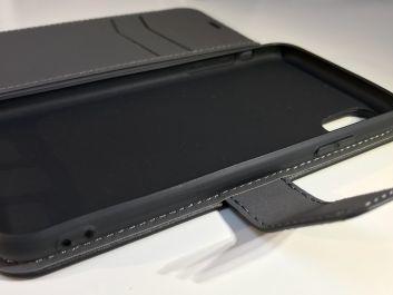 Gagnez des étuis porte-feuille EasyAcc iPhone X (avec mise en route auto) avec iPhon.fr (code promo inside)