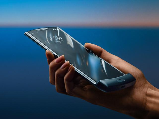 Motorola ressuscite son légendaire razr sous la forme d'un smartphone pliable