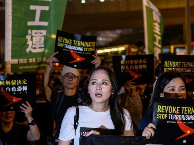 Hong Kong: la peur de la chasse aux sorcières plane sur Cathay Pacific