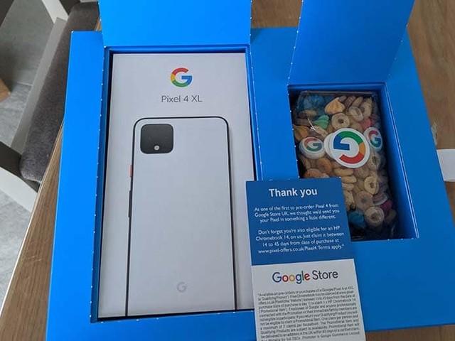 Pixel 4 : Google livre certaines précommandes dans des boîtes de céréales remplies de guimauves