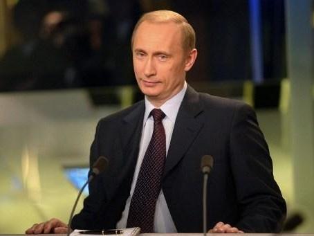 Attaque de drones en Arabie : Poutine propose à Ryad d'acheter des missiles russes