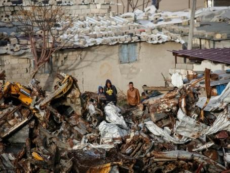 A Gaza, ceux qui n'ont pas déjà fui rêvent de partir