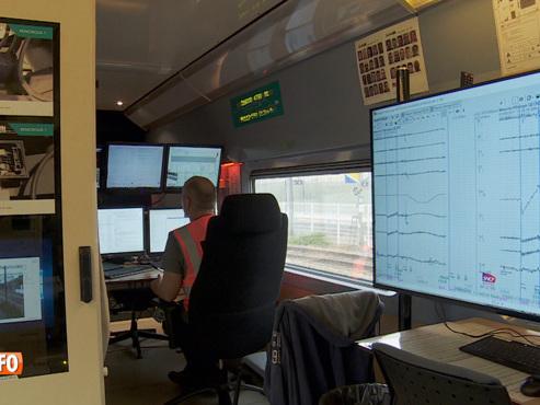 Reportage exclusif dans un TGV très particulier: à son bord, aucun passager mais une batterie d'appareils de contrôle et de mesure