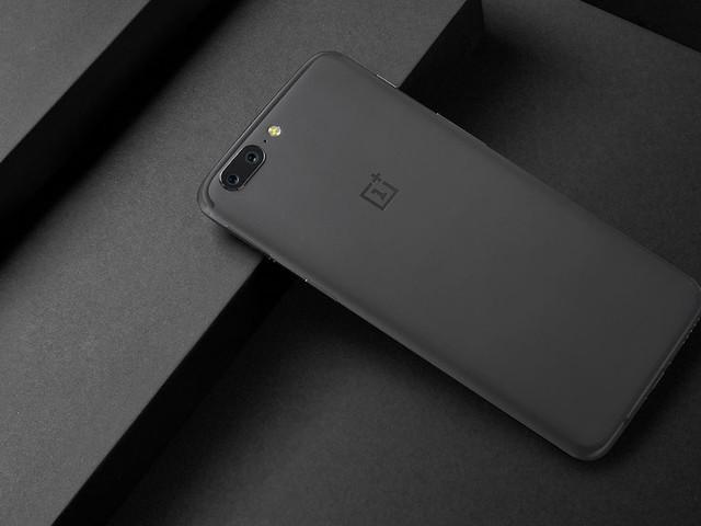 OnePlus 5 : amélioration de l'enregistrement vidéo 4K, et bientôt un nouveau coloris