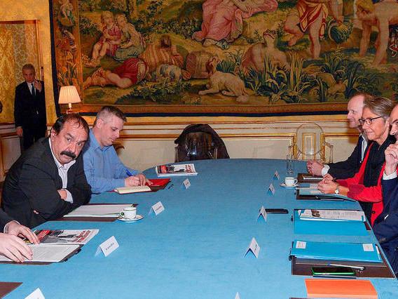 Le dialogue reprend entre Emmanuel Macron et les partenaires sociaux
