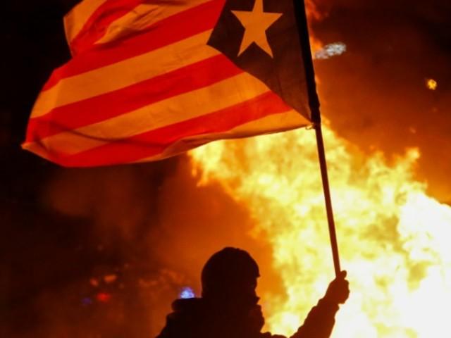 Affrontements violents en marge du Clasico à Barcelone, une cinquantaine de blessés