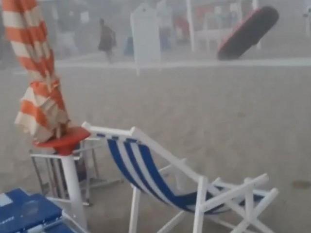 Tornade, orages de grêle, vents tempétueux... La Grèce et l'Italie frappées par de violentes intempéries, au moins six morts