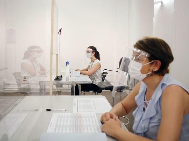 L'épidémie liée au coronavirus inquiète de plus en plus les Français [SONDAGE]