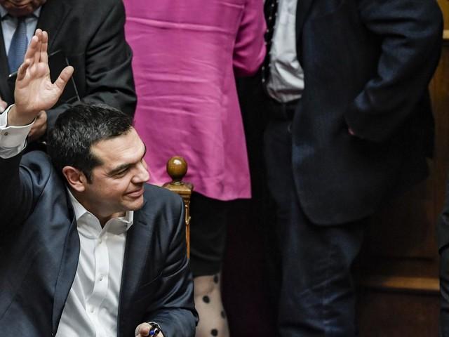 Grèce : Alexis Tsipras conforte de justesse sa tête au gouvernement