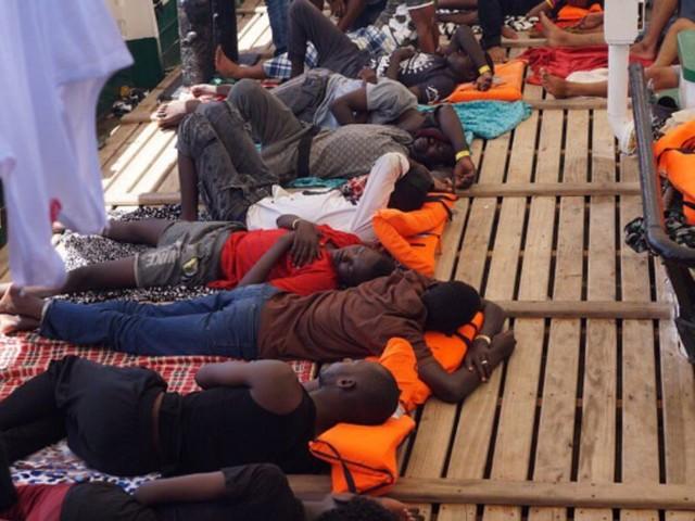 Méditerranée: L'Espagne rejette la demande d'asile présentée par l'ONG Open Arms pour 31 mineurs